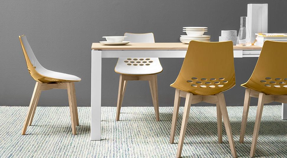 Sedie tavoli tavolo bioglass con piano in legno massello for Sedie bar usate